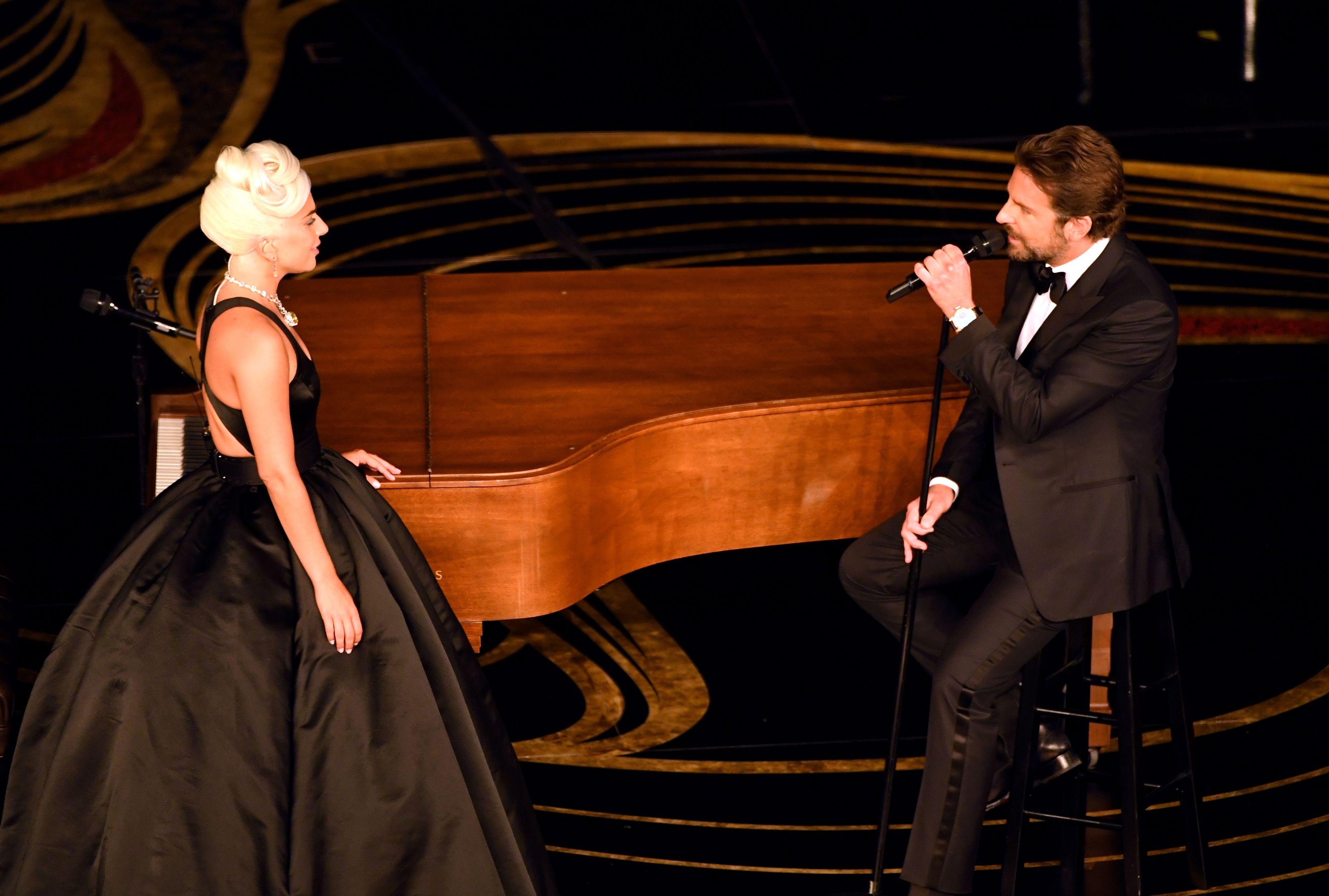 Oscar 2019 Bradley Cooper Lady Gaga - Shallow Oscar actuacion lady gaga