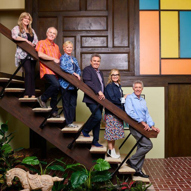 """The Brady Bunch Show - A Very Brady Renovation, """"A Very Brady Contest"""""""