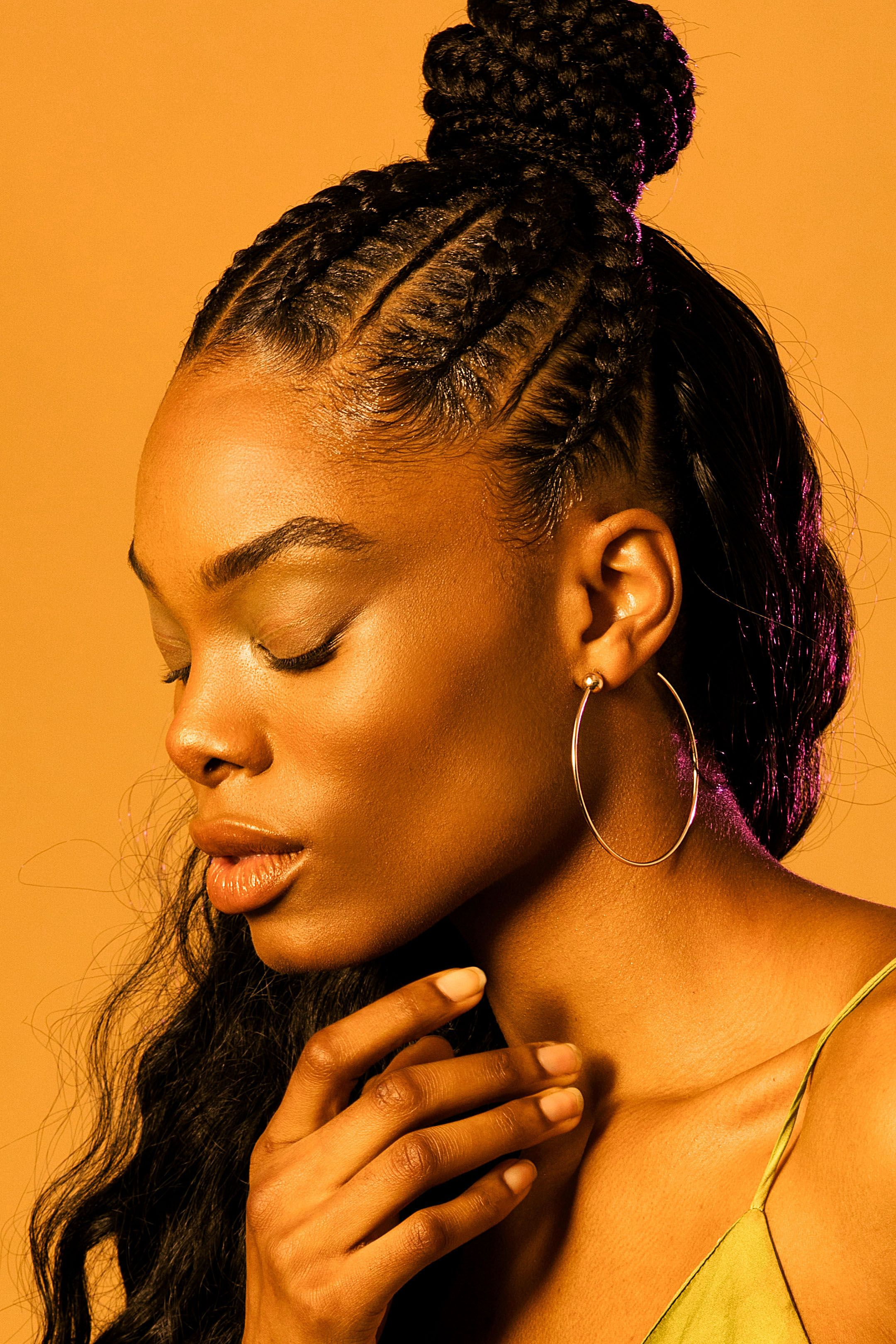How to plait hair with weave