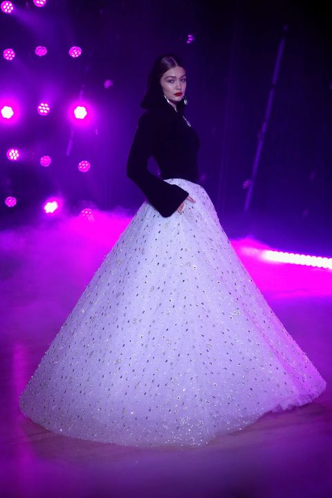 Purple, Violet, Performance, Dress, Fashion, Light, Stage, Pink, Beauty, Gown,
