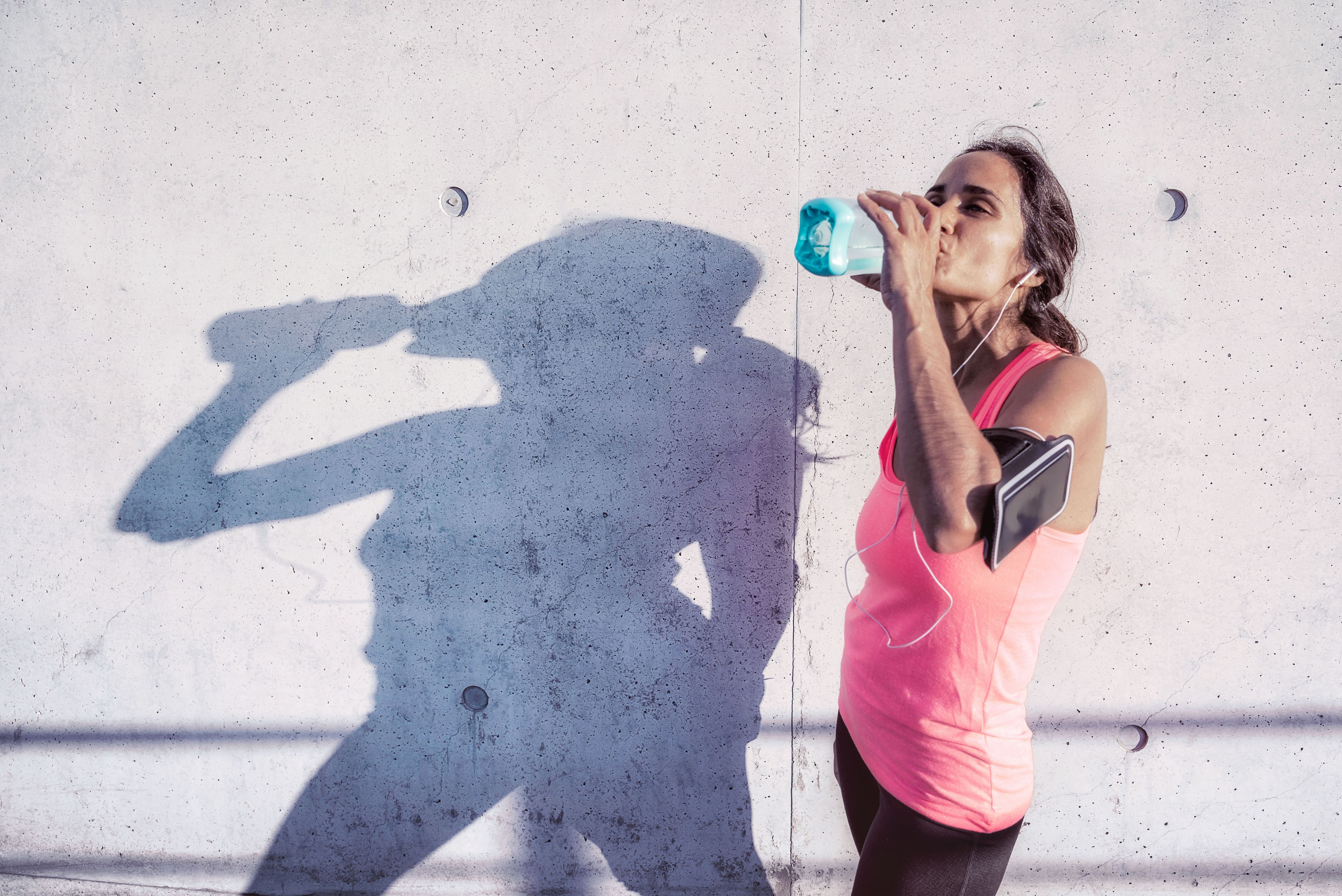 The Best Sports Drink Mixes for Every Aspect of Your Training