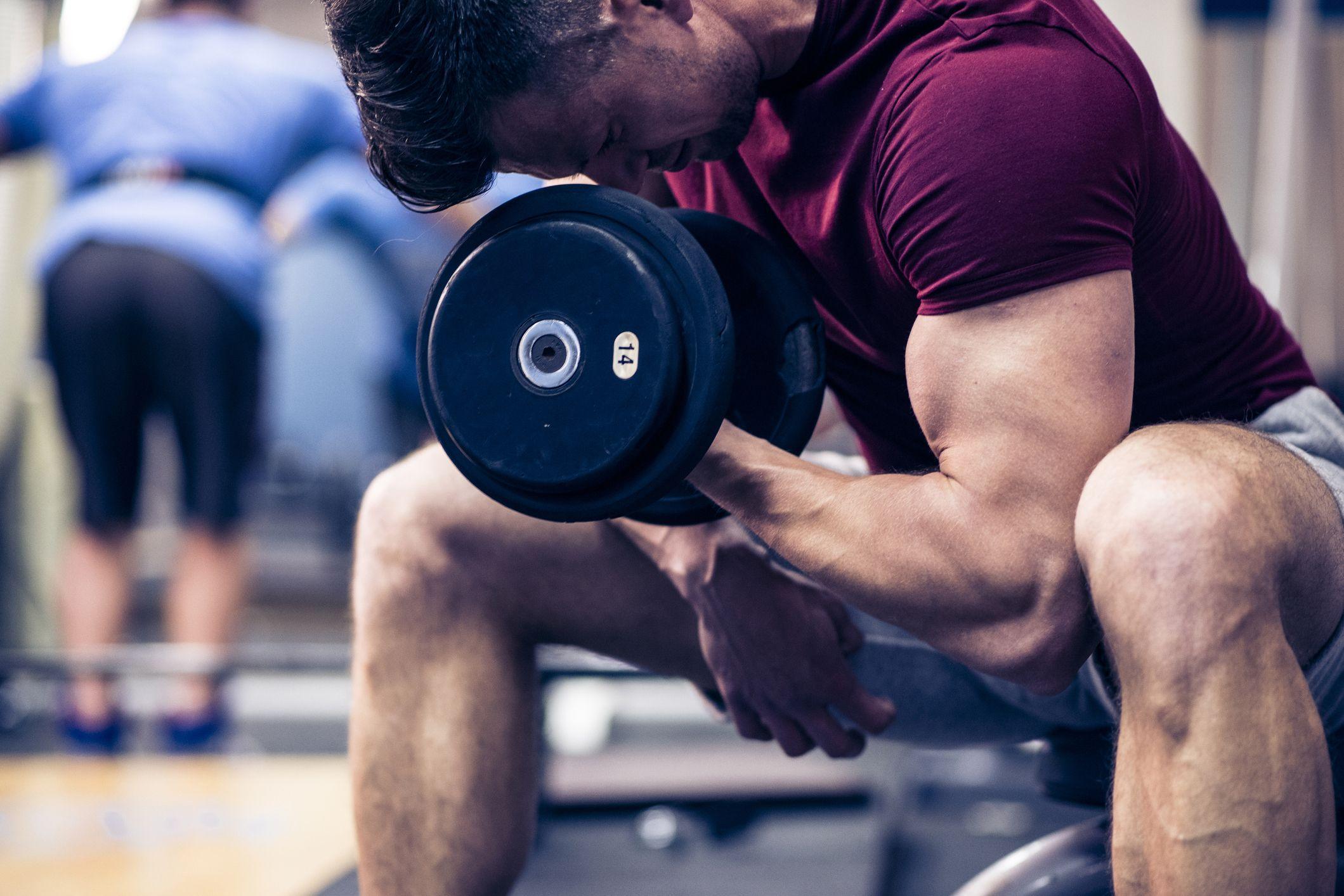 rutina biceps volumen gym
