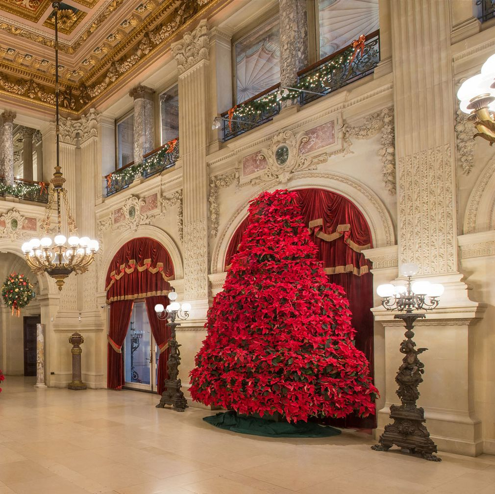 How Newport's Gilded Age Mansions Are Decorated for Christmas