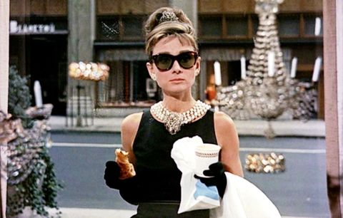 Eyewear, Sunglasses, Street fashion, Photograph, Fashion, Snapshot, Shoulder, Cool, Glasses, Fashion accessory,