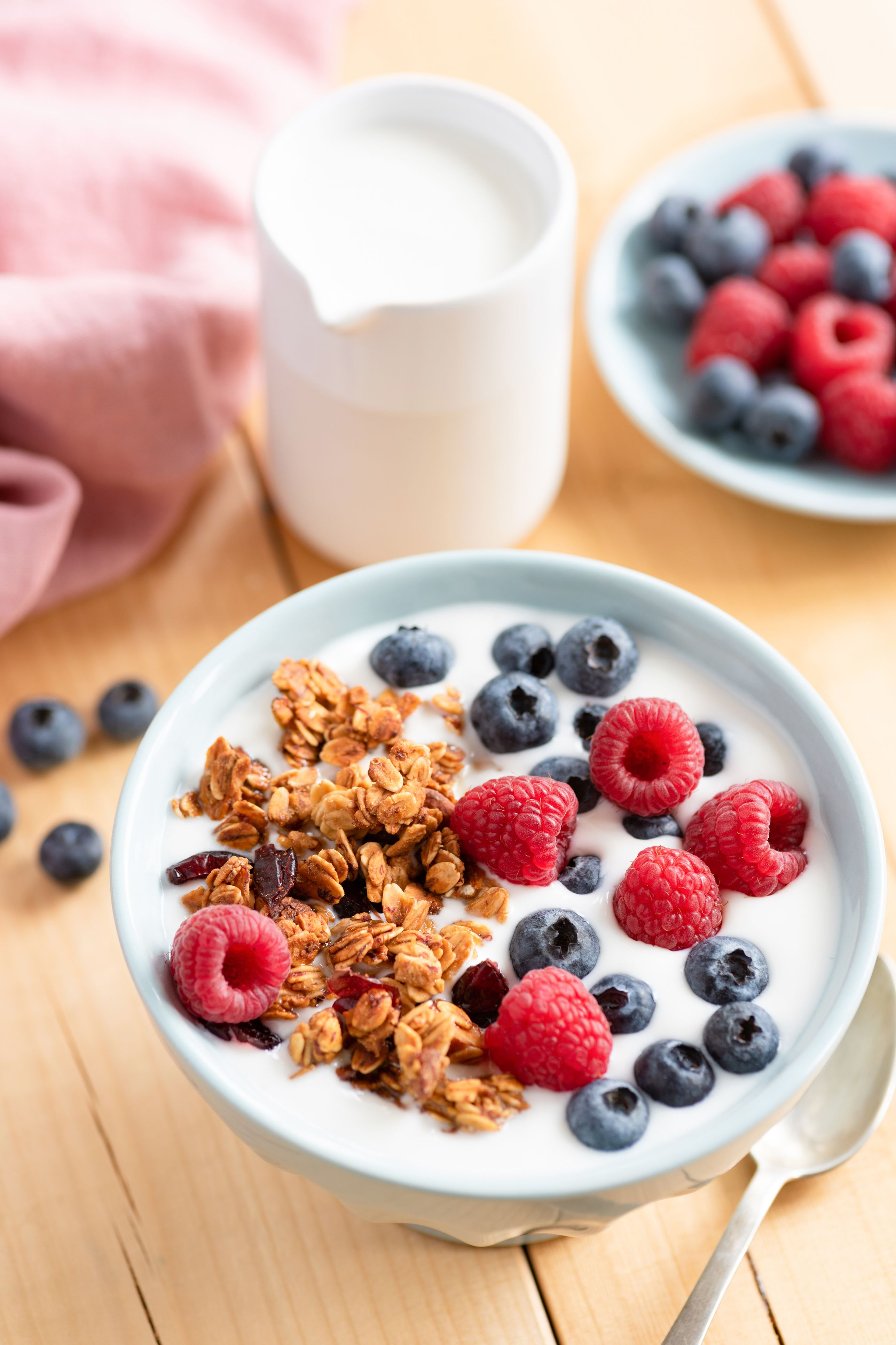 Stay-Skinny Secrets of Women Who Never Diet berries