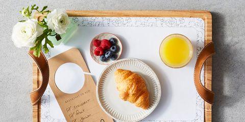 Food, Breakfast, Serveware, Dish, Fried egg, Meal, Cuisine, Egg, Tableware, Ingredient,