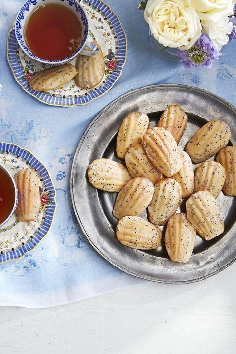 breakfast in bed madeleines
