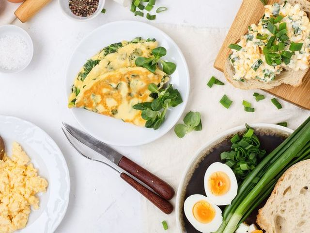 Breakfast table, egg dishes