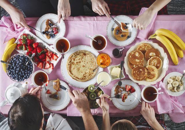 colazione a tavola