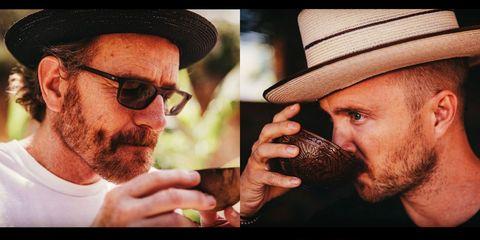 Los protagonistas de 'Breaking Bad' lanzan un mezcal llamado Dos Hombres