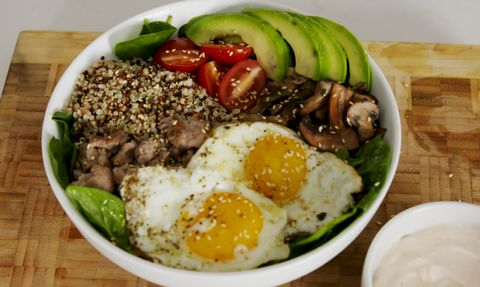 Dish, Food, Cuisine, Steamed rice, Ingredient, Bibimbap, Comfort food, White rice, Meat, Produce,