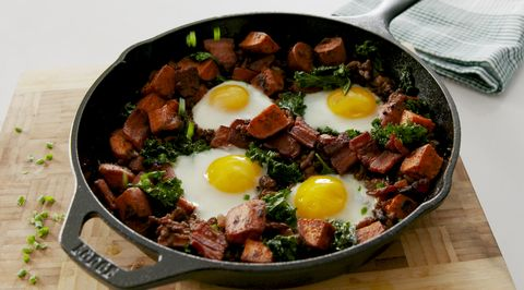 Dish, Food, Cuisine, Ingredient, Fried egg, Meat, Poached egg, Meal, Produce, Full breakfast,
