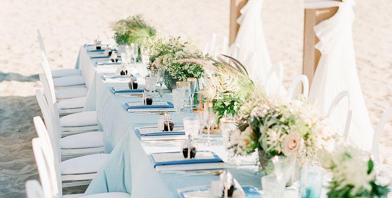21 Gorgeous Beach Wedding Ideas for 2018 - Beach Theme Wedding Tips