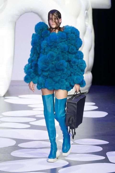 Fashion model, Blue, Fashion, Fashion show, Fur, Cobalt blue, Clothing, Electric blue, Runway, Fur clothing,