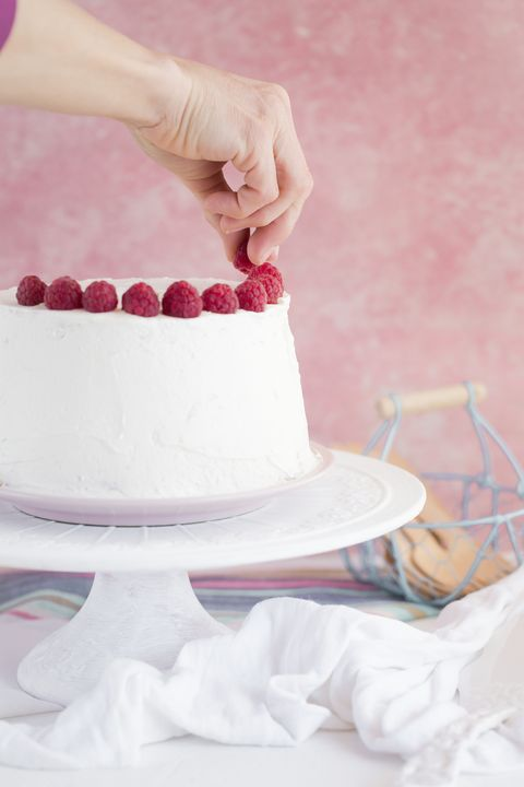 cake decorating class bridal shower idea