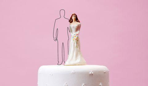 Pink, Cake decorating, Cake, Figurine, Icing, Fondant, Dress, Buttercream, Wedding cake, Torte,