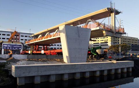 Architecture, Transport, Crane, Bridge, Construction, Building, Construction equipment, Reinforced concrete, Vehicle, Beam,
