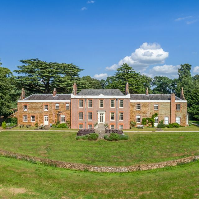 the bridgerton experience staycation at inglethorpe hall in norfolk