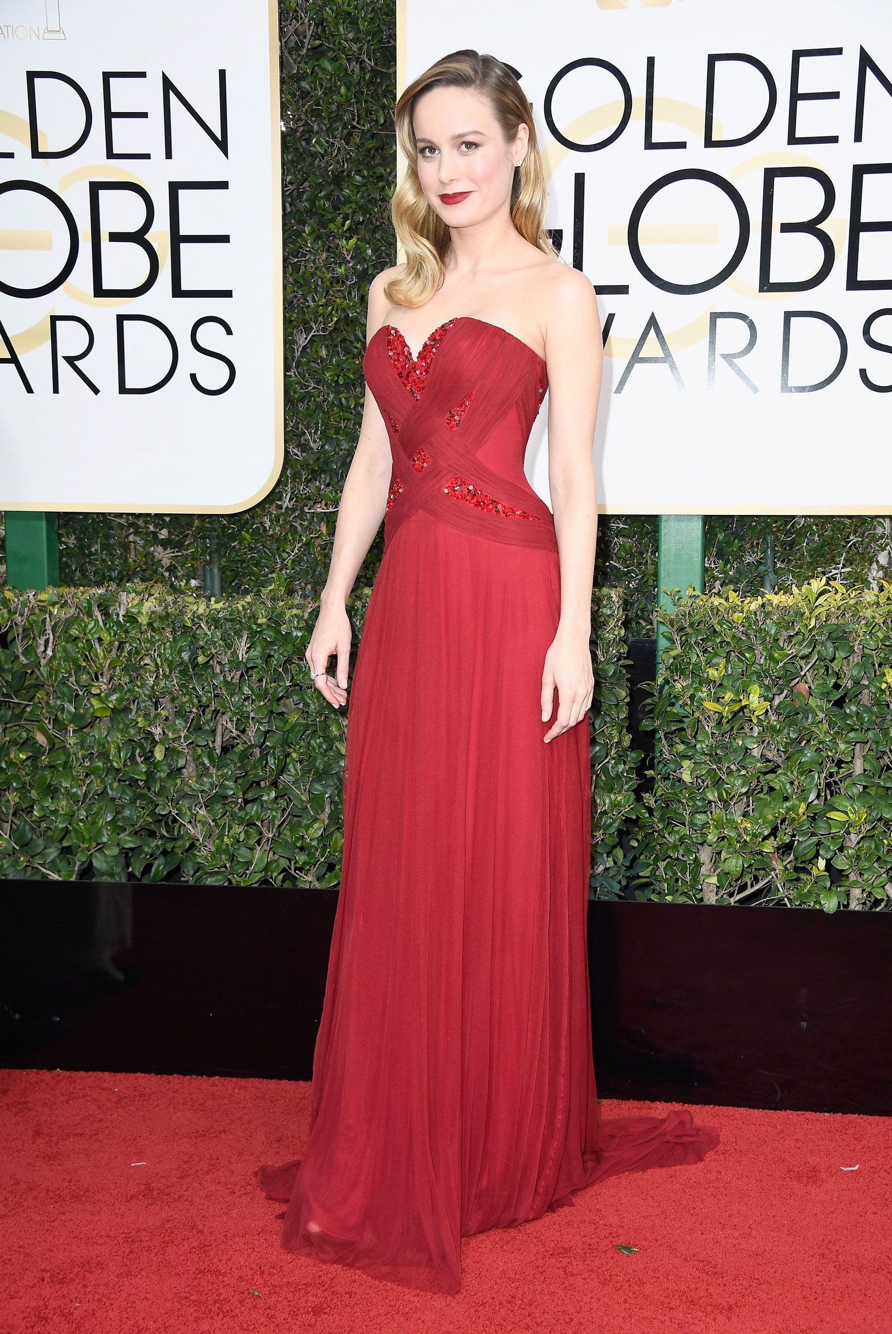 20 best and worst dressed at the 2017 golden globes