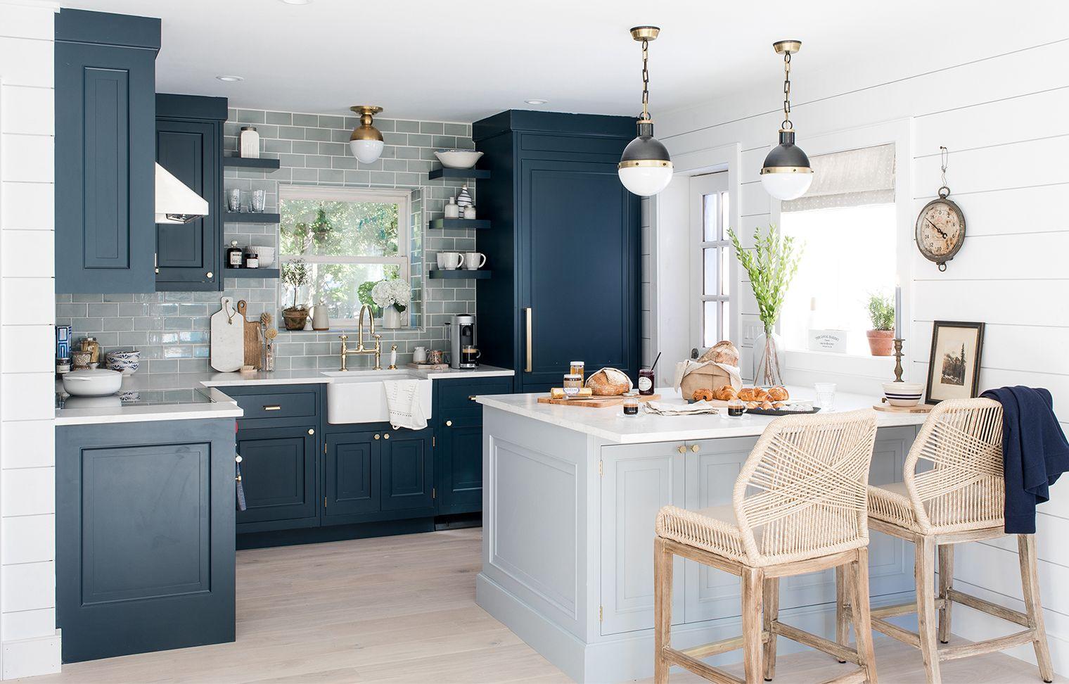 15 blue kitchen design ideas blue kitchen walls rh housebeautiful com blue and white kitchen decor blue and white kitchens pictures