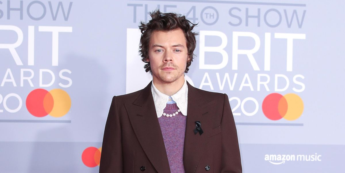 Harry Styles pays tribute to Caroline Flack at the Brit Awards 2020