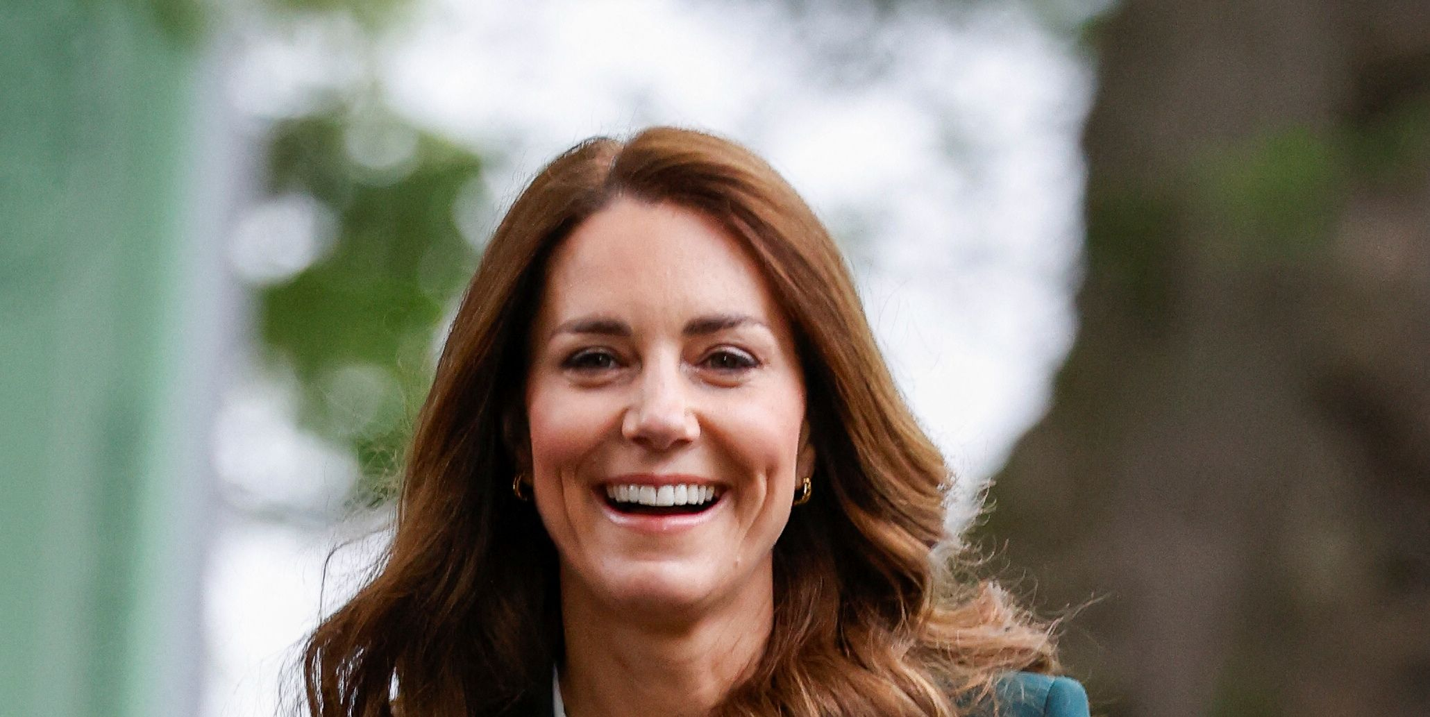 Photo of Kate Middleton Wears a Sleek Forest-Green Suit with Sneakers During Her Scotland Tour