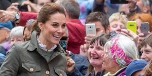 kate middleton cumbria visit fan elsa frozen