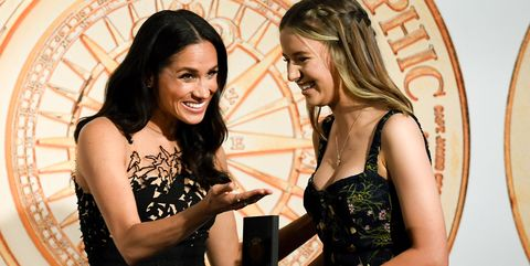 1ab91a5444e Meghan Markle Wears Embellished Oscar de la Renta Gown   Presents Award at  Gala in Sydney