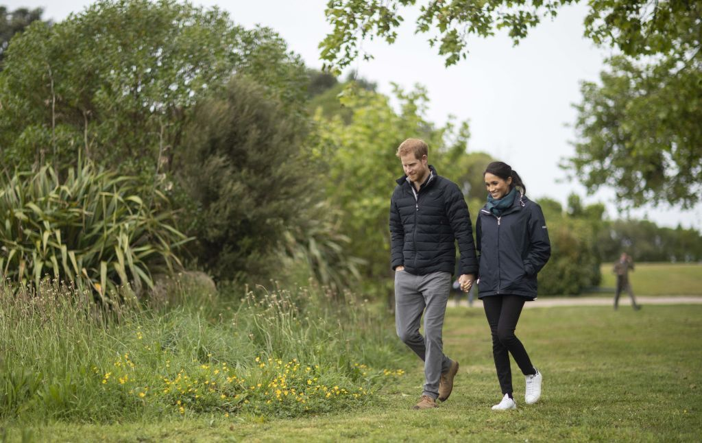 Il principe Harry e Meghan Markle a Ibiza col jet privato e gli ambientalisti insorgono