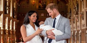 TOPSHOT-BRITAIN-ROYALS-BABY