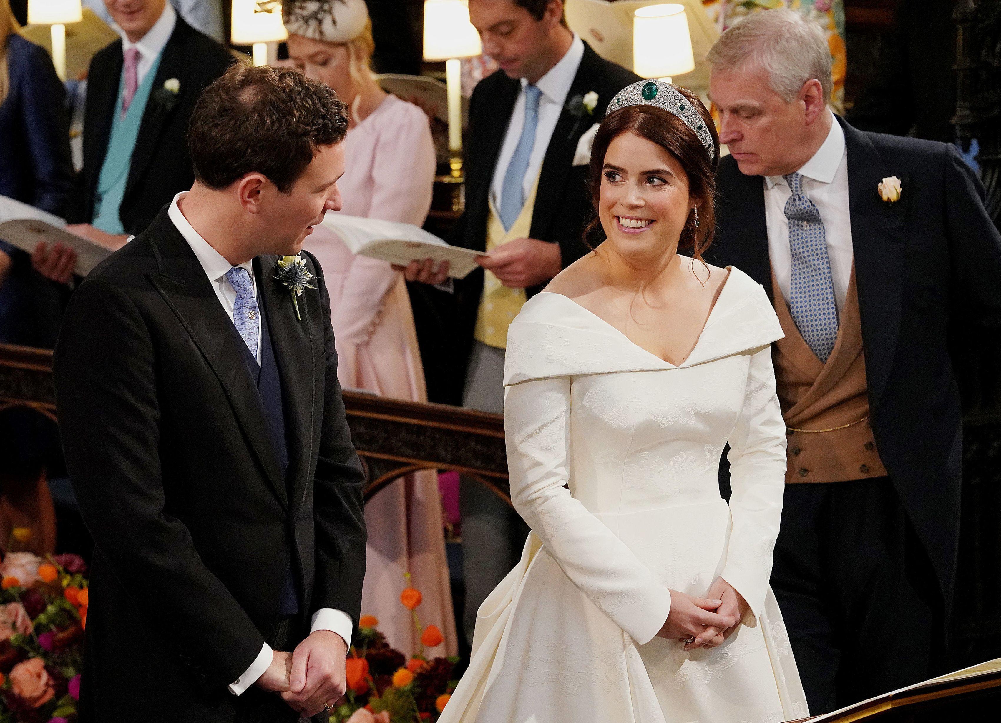 Princess Eugenie S Jack Brooksbank S Wedding Compared To Meghan