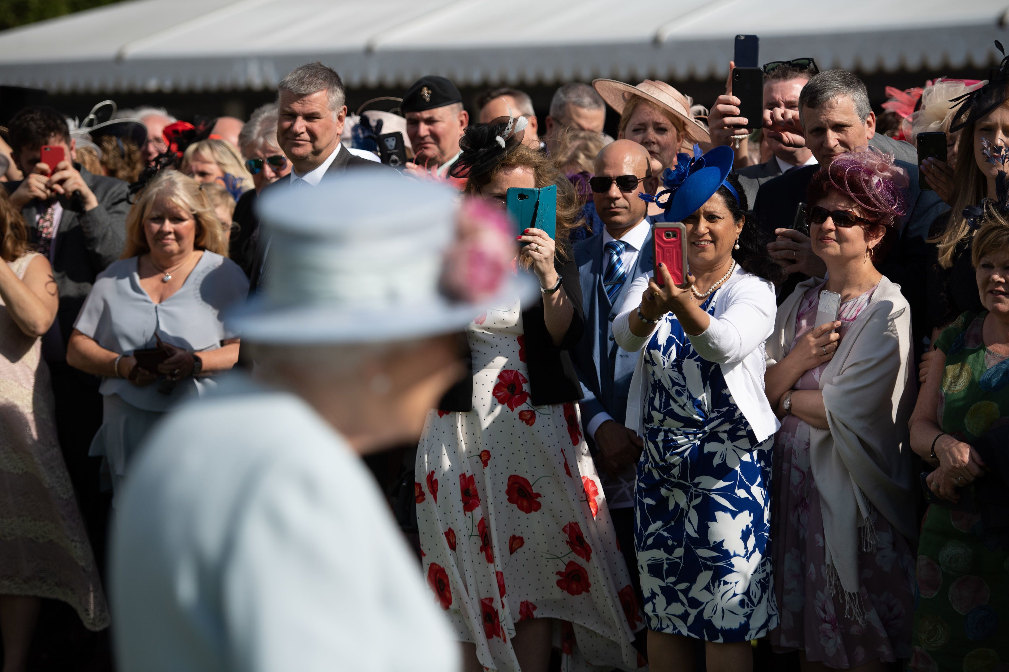queen elizabeth garden party guests