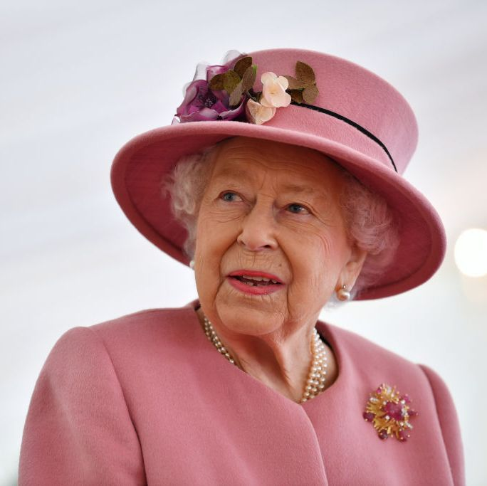 Queen Elizabeth Says She Will Not Abdicate the Throne