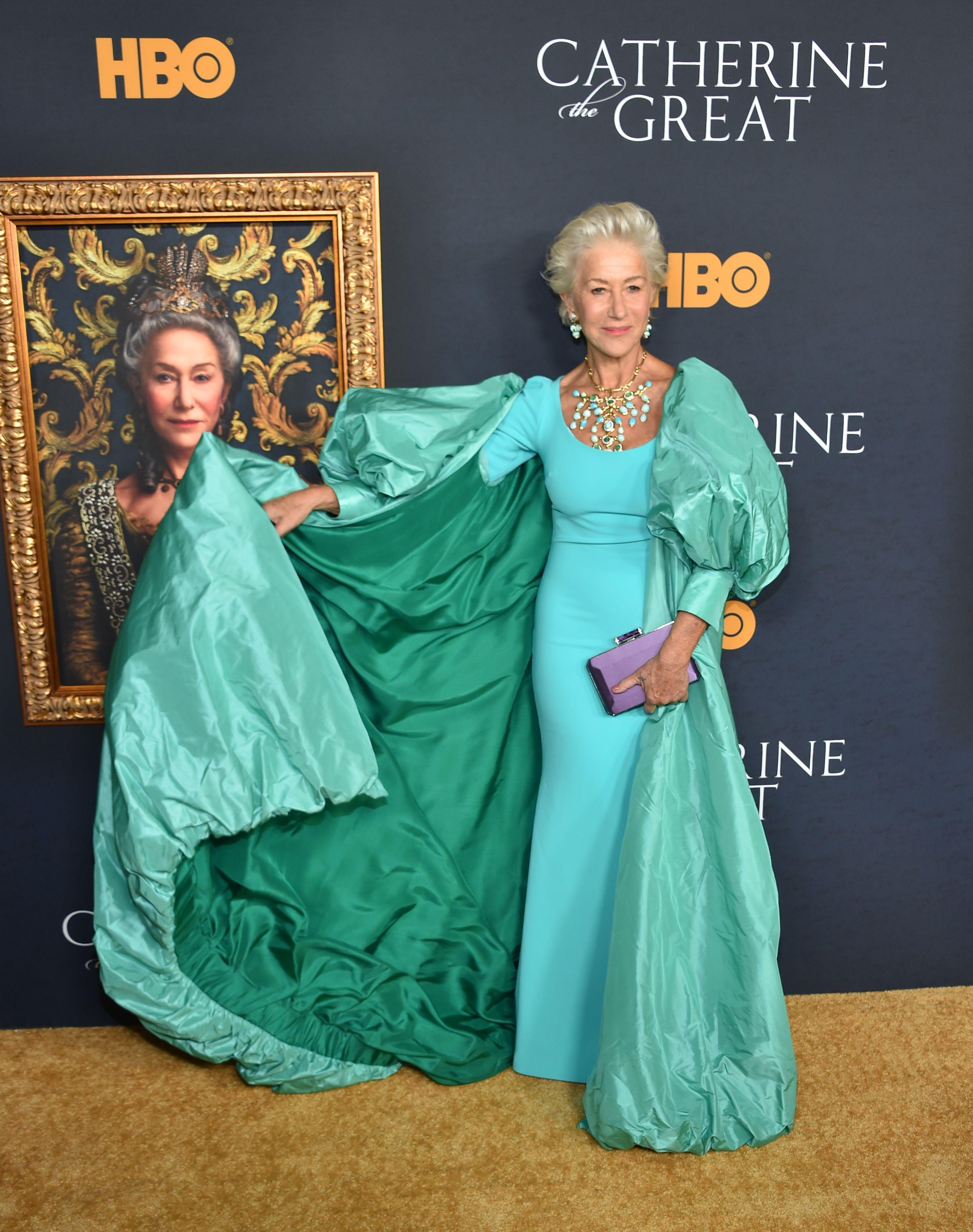 Helen Mirren did regal like no other in a Badgley Mischka gown