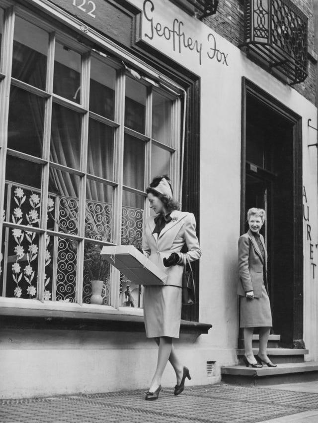 deborah kerr shops for clothes in london