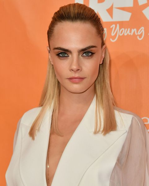 celebrities with psoriasis: cara delevigne