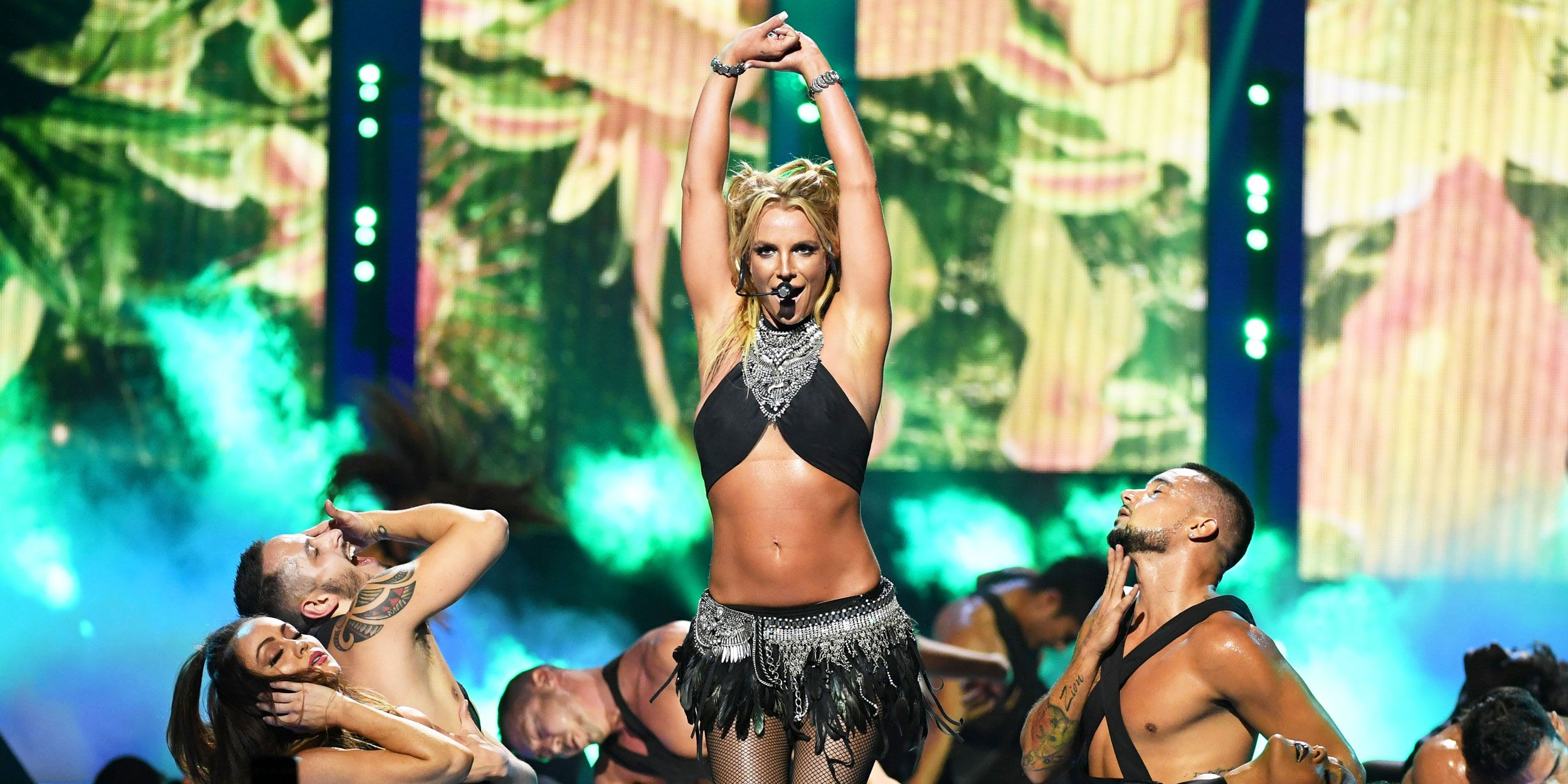 Britney Spears Just Gave Away Her Flat Belly Workout