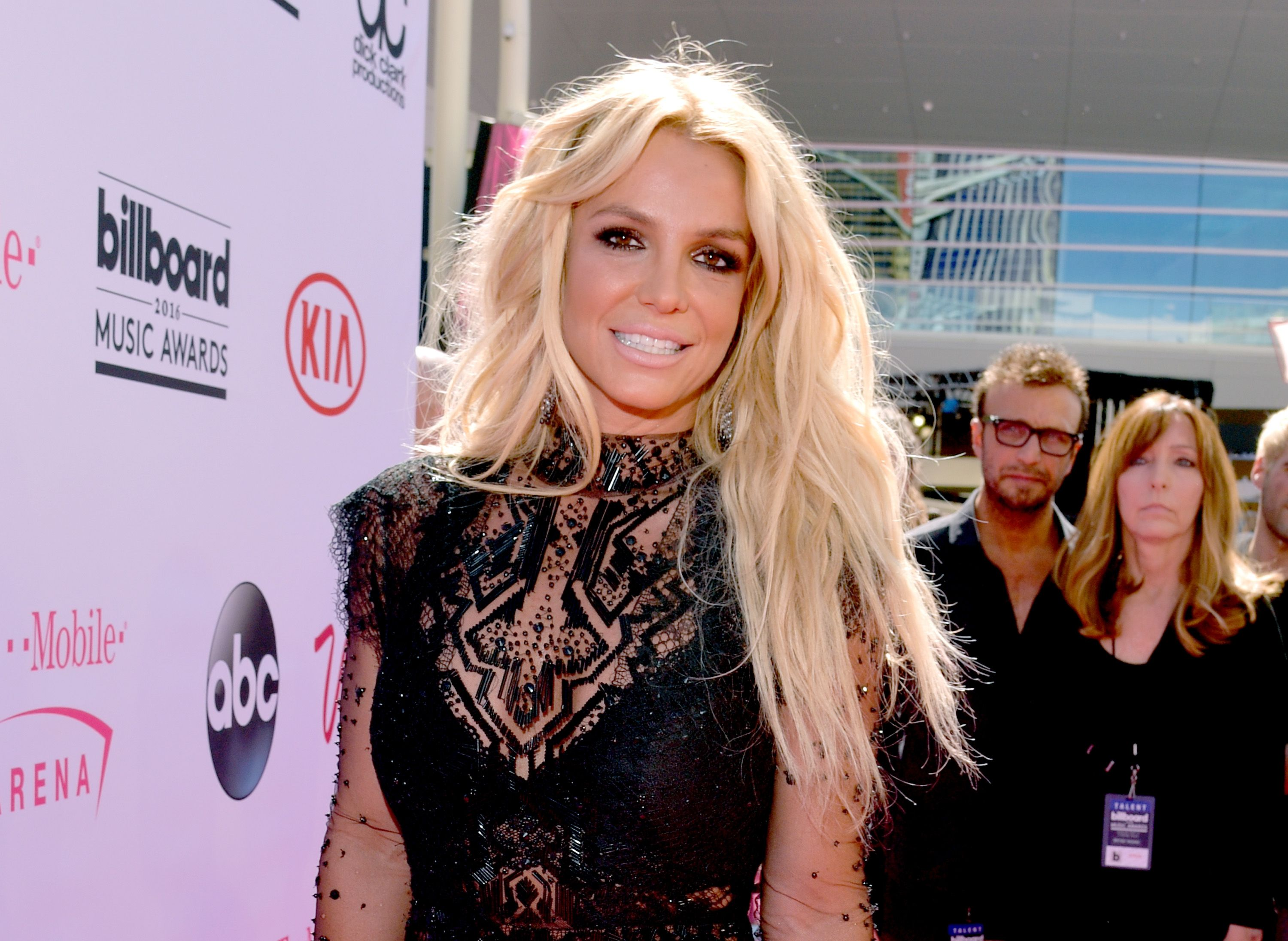 Tag britney spears legendary sinful comics celebrity