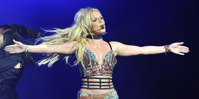 britney-spears-performs-at-the-now-99-7-