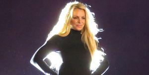 Britney Spears enseña las bragas durante el anuncio de su nueva residencia en Las Vegas