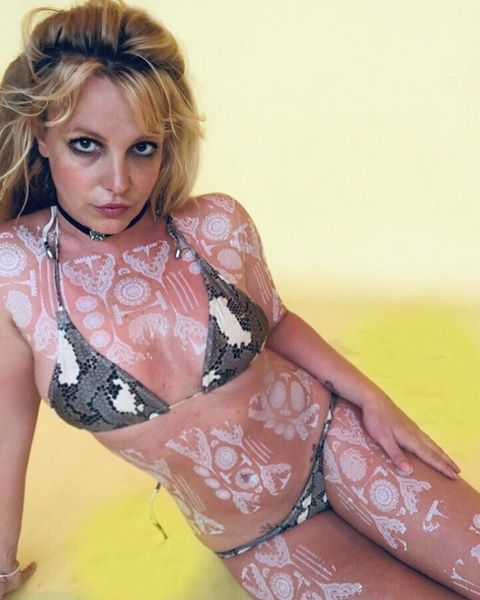 Britney Spears Shows Off Henna Tattoos Abs In Bikini Instagram Photos