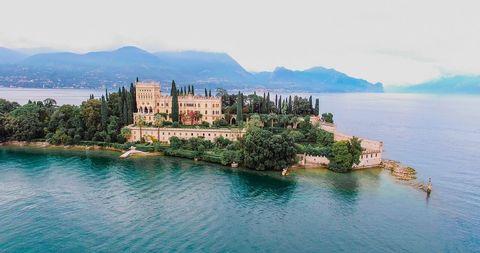 Natural landscape, Town, Sea, Coast, Tourism, Coastal and oceanic landforms, Waterway, Promontory, Lake, Landscape,