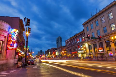 Broadway Street at dusk in downtown, Nashville, Tennessee, USA
