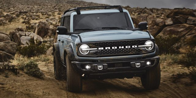 2021 ford bronco images