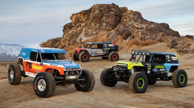 ford bronco 4400 rally trucks for king of the hammers