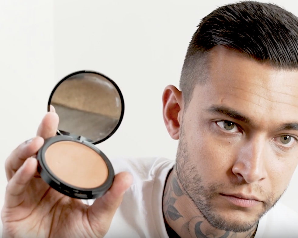 Twitter Is Baffled Over War Paint, a Brand Selling 'Makeup for Men'