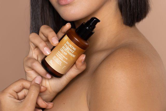 bronzing radiance selftanning cream de freshly cosmetics
