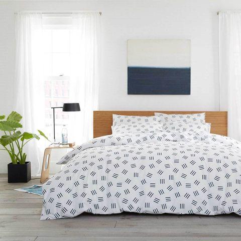 Bedroom, Bed sheet, Furniture, Bedding, Bed, White, Room, Bed frame, Duvet cover, Property,