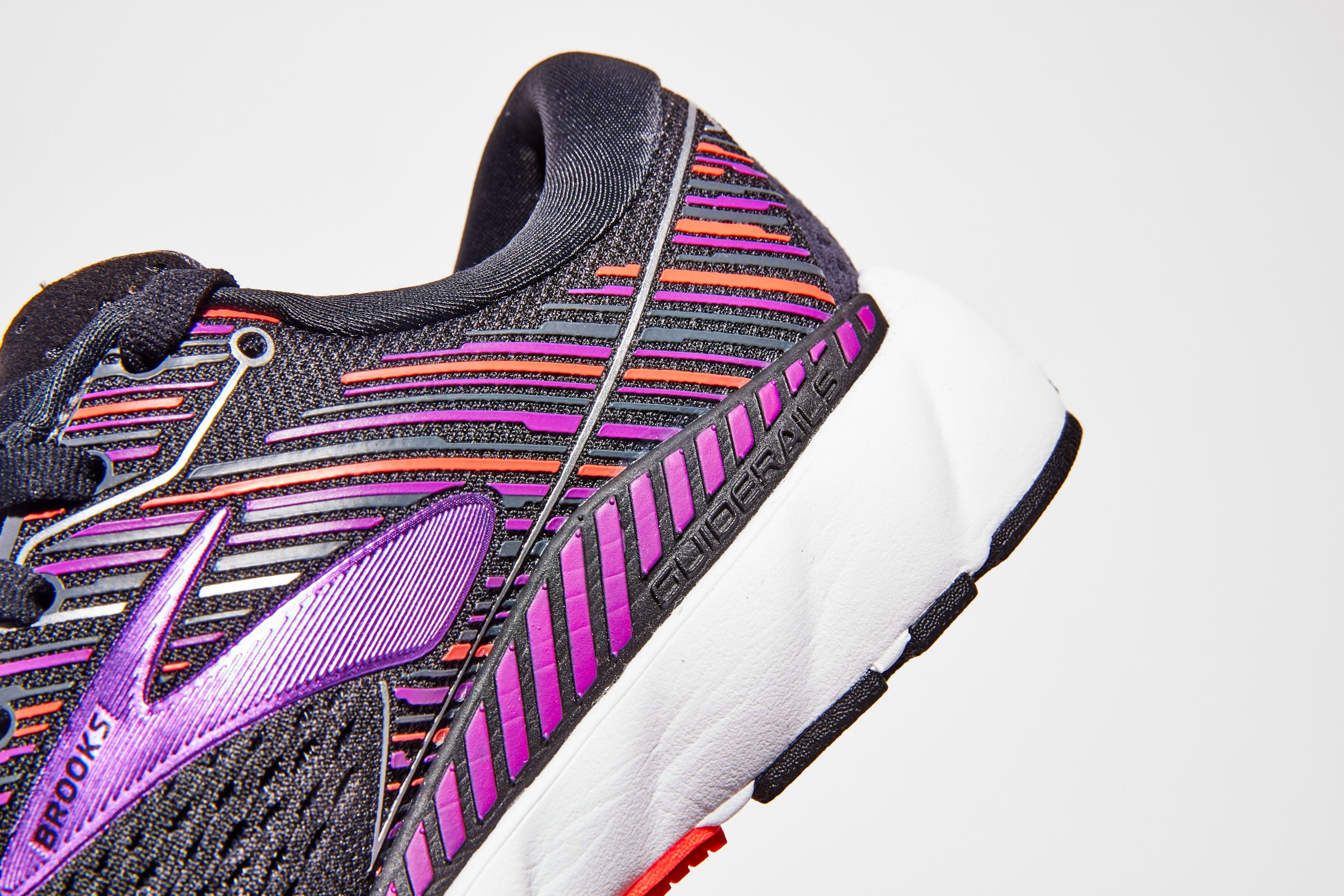 1a24b0fae081 Stability Running Shoes