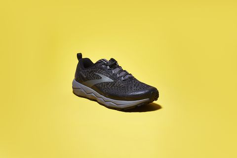 Footwear, Shoe, Sportswear, Yellow, Outdoor shoe, Walking shoe, Running shoe, Athletic shoe, Sneakers, Cross training shoe,